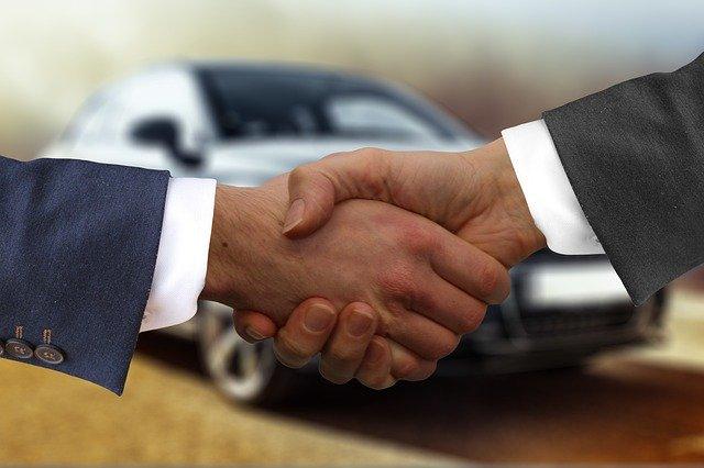 Handschlag Autokauf